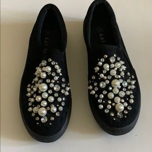 Shoes - Jeweled suedes shoes